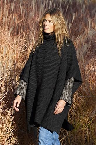 Poncho alpaga noir - 84% baby alpaga, 8% laine, 8% nylon